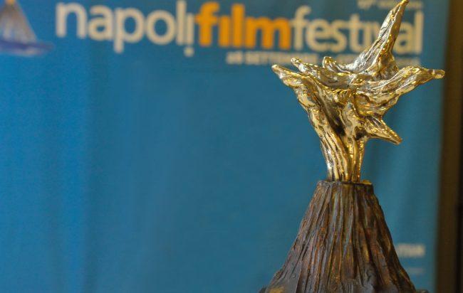 L'attribut alt de cette image est vide, son nom de fichier est napoli-film-festival-650x412.jpg.